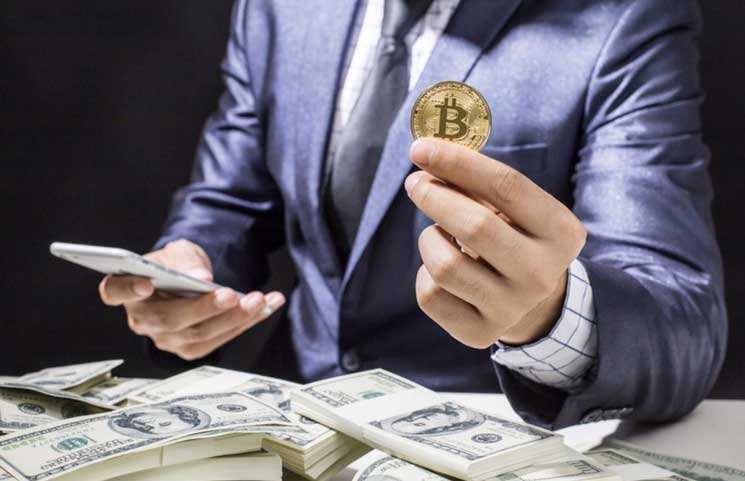 Fidelity Head Launches New Bitcoin Index Fund; $100,000 Minimum Buy-In Price