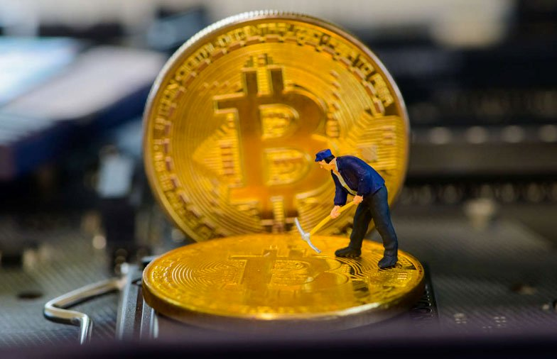 Bitcoin Miners Bullish as Network Difficulty Reaches a New Peak But Revenue Takes a Hit