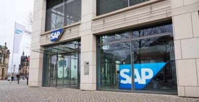 SAP Shares Down Over 20% as Q3 Revenues Dips