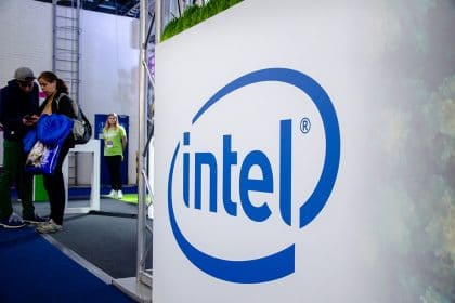 INTC Shares Up 5% as Third Point Advises Intel to Manufacture Products for Apple and Others