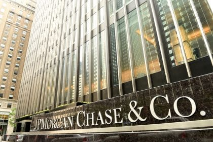JPM Stock Down 2%, JPMorgan Reports Better Than Expected Q4 Results